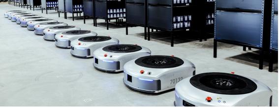 アリババグループの採用したAI物流ロボット 「Geek+」 日本での販売を開始