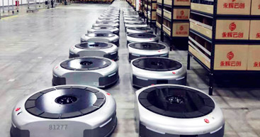 導入事例 | <br>Yonghuiは物流ロボットで<br>小売店の業務課題を解決
