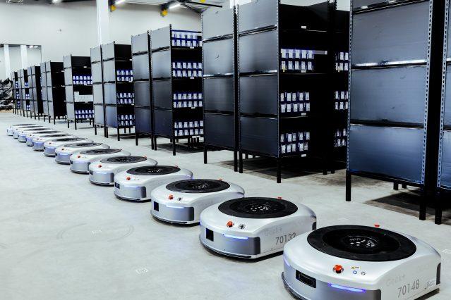 ニュース |  <br>中国発の「物流AIロボット」ユニコーン企業<br>「フレキシブルな物流」で倉庫作業の効率3倍以上も